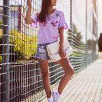 fioletowa_koszulka_w_palmy_z_flamingiem05.jpg