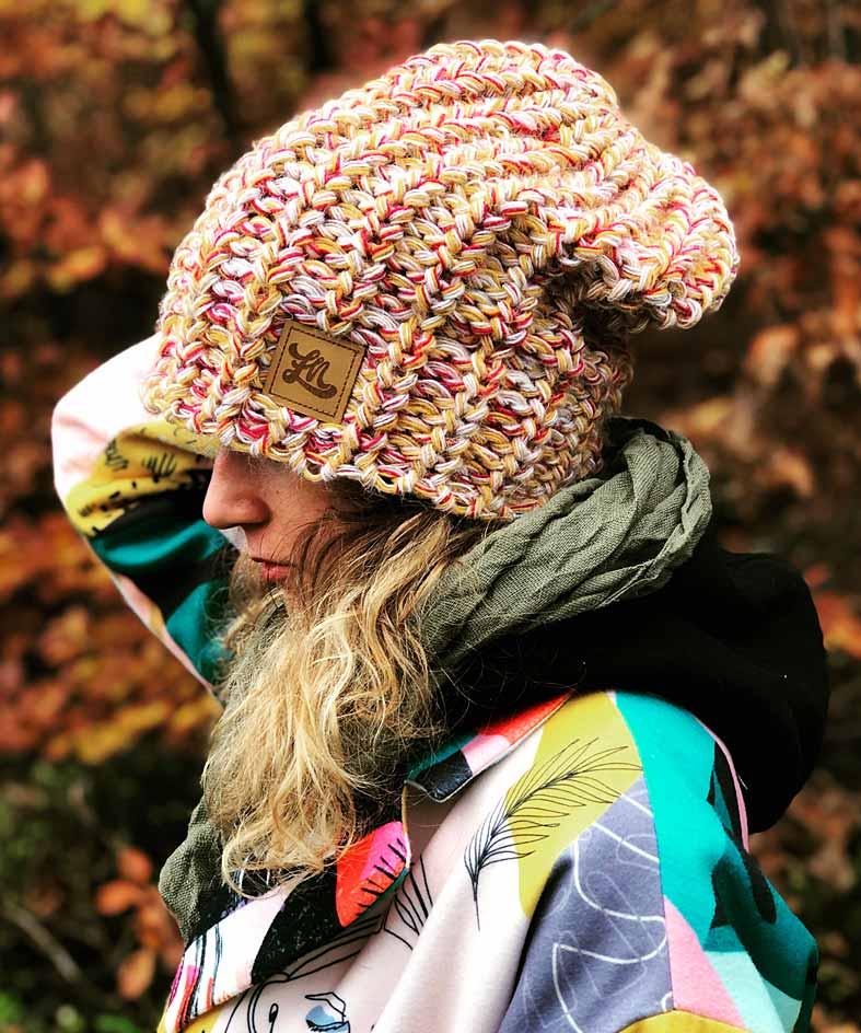 surferska czapka oversize musztardowa czapka, duza damska czapka, czapka lapnas, modna czapka, luzna damska czapka, dziana czapka, czapka na szydelku