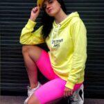 żółta_bluza_damska_epicentrum_dramy03