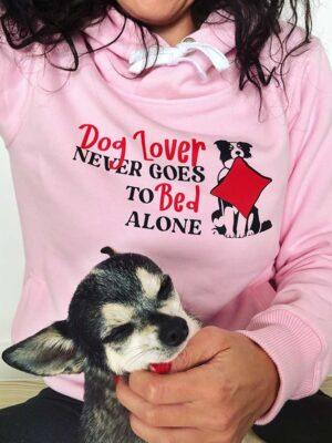 różowa bluza dla psiary